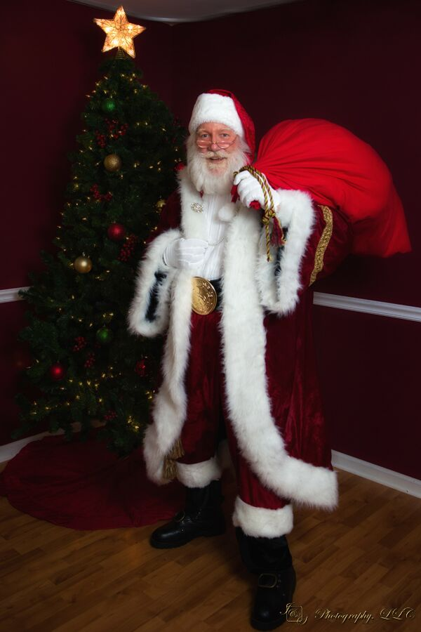 Santa's sack holds 40 lbs. of presents